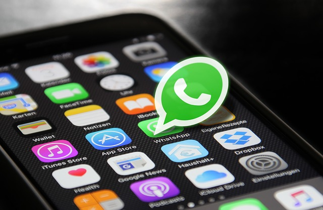 how to unblock self from whatsapp in hindi